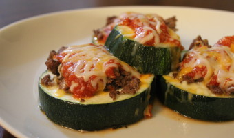 These zucchini pizzas not only made an awesome and quick dinner, but were great leftover snacks. One zucchini, some ground beef, cheese, and pizza sauce were all I used. Broil the zucchini about 5 or so minutes on each side with some olive oil while you cook the beef. Then throw all the toppings on the zucchini and bake again until the cheese melts.