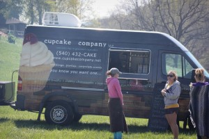Laken ordering cupcakes after the Fortifier 5k Mud Race. Don't worry, I ate three that day. ;)