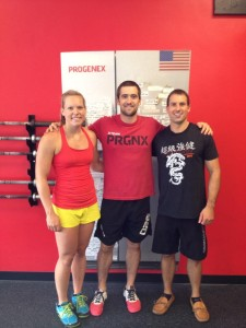 Tori training with CrossFit Games competitor, Ben Smith, and her boyfriend, Tim. Who oddly look almost identical.