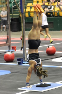 Lindsay Bourdon Menerey does her freestanding handstand push-ups and MORE.